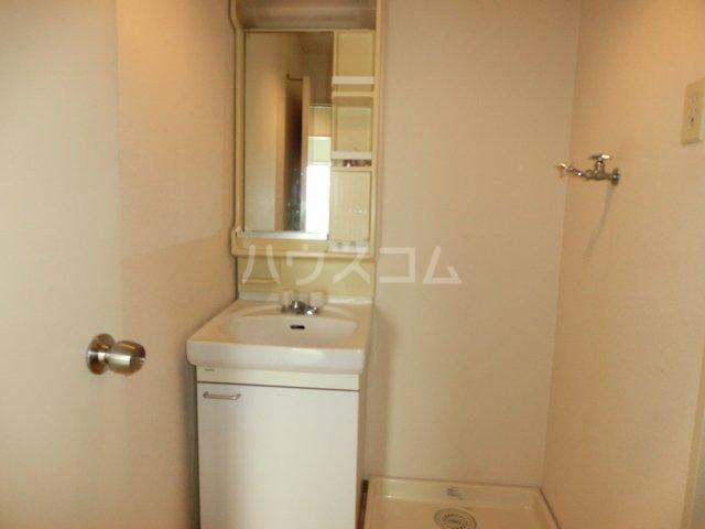 エフエスハイツ 104号室の洗面所