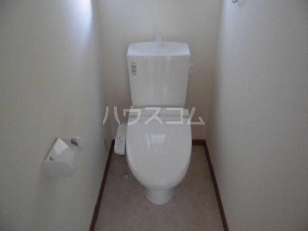 阿原宮東一戸建のトイレ