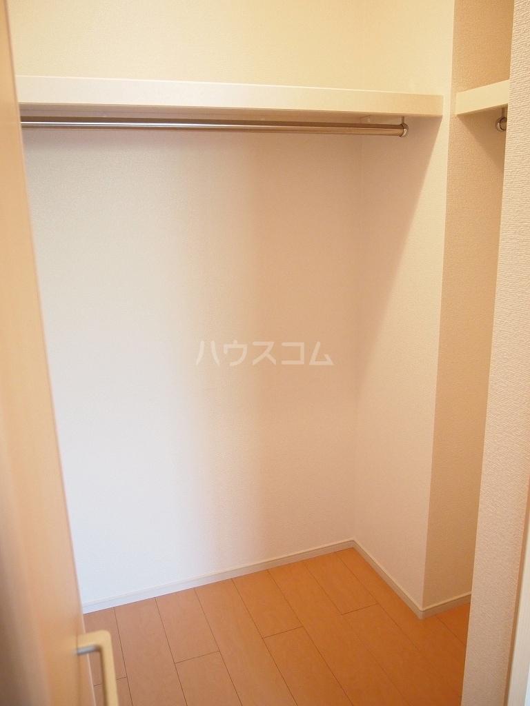 サニーホームⅡ 01010号室の収納
