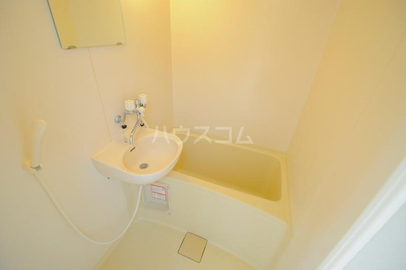 レオパレスプランドールⅡ 101号室の風呂