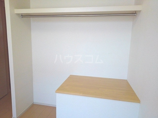 アルカンシエル 02020号室の収納
