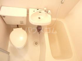 ペアヒルズ大和田 0106号室のトイレ
