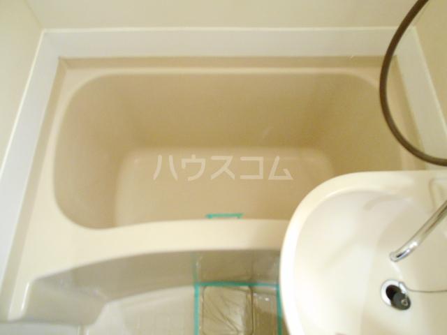 ゼフィランサス橋本 0102号室の風呂