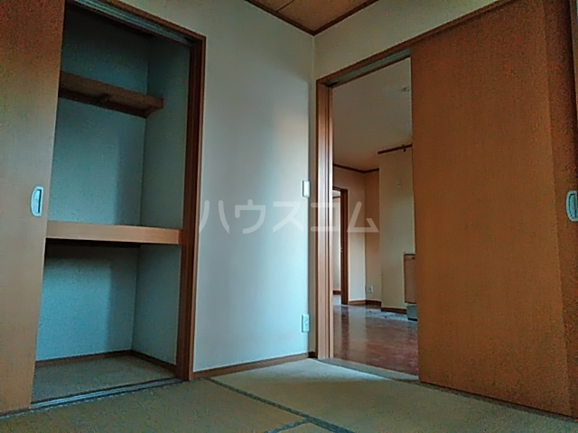 East Hills 101号室の居室