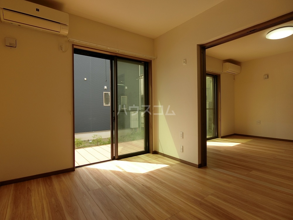 T-WEST B棟の居室