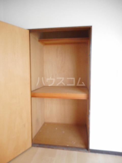 ヌーベルSANO 02010号室の収納