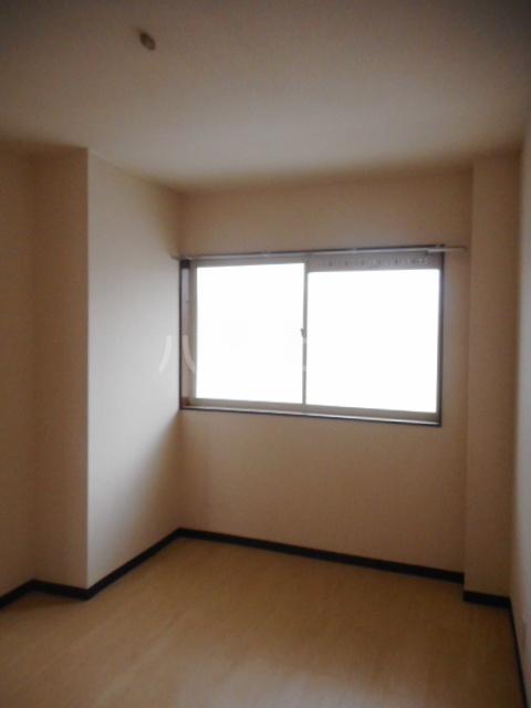 ヌーベルSANO 02010号室のリビング