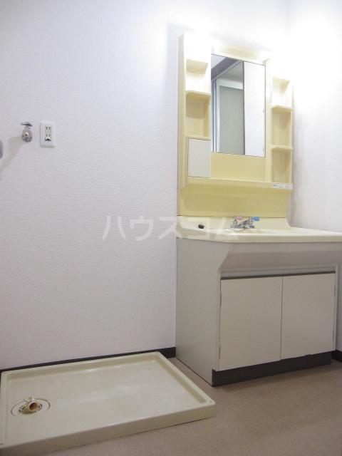 ヌーベルSANO 02010号室の洗面所