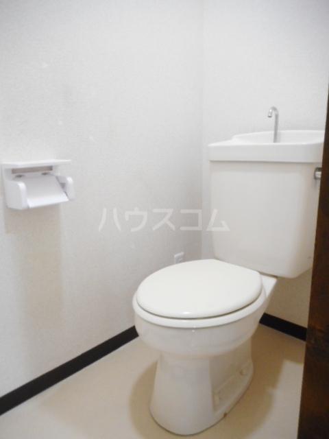 ヌーベルSANO 02010号室のトイレ