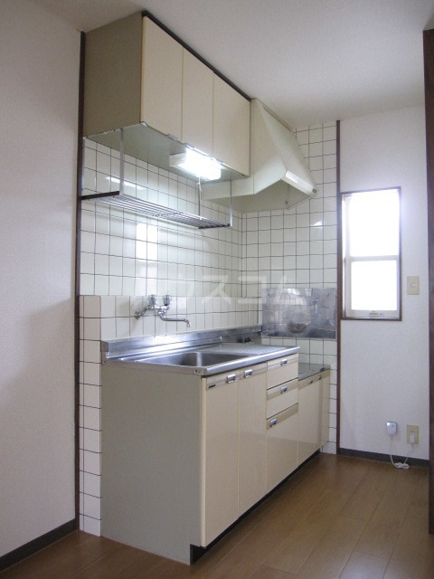 ヌーベルSANO 02030号室のキッチン
