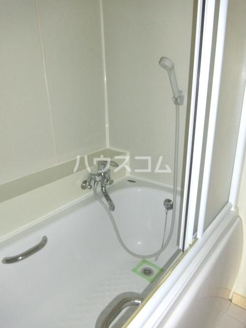 アイルーム東日野 303号室の風呂