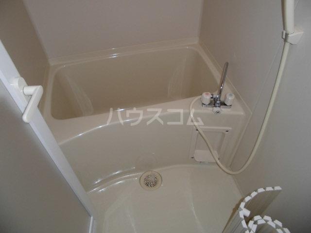 グリシーヌ 101号室の風呂