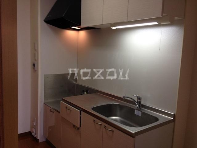 グリシーヌ 101号室のキッチン
