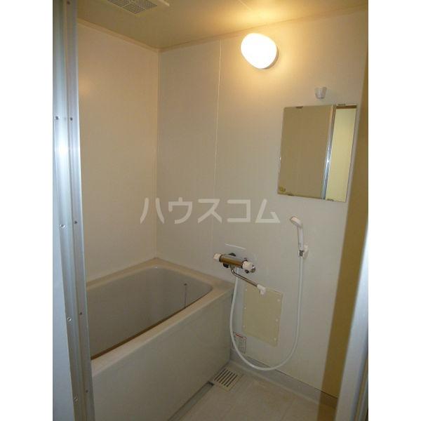メゾンアメニティ 203号室の風呂