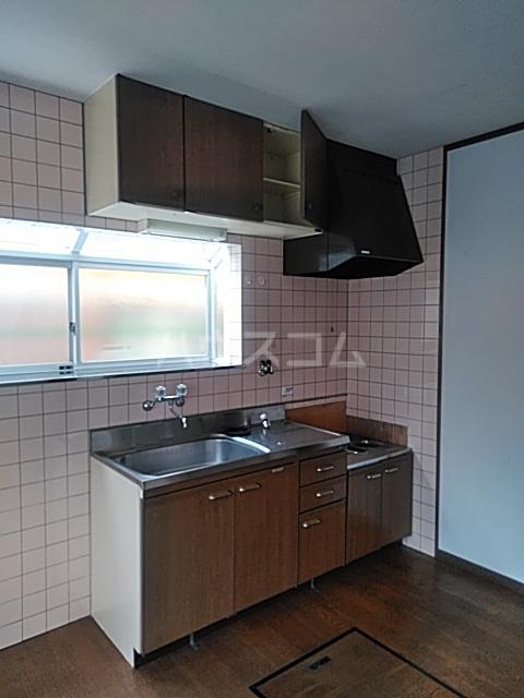 コンフォート鎌田 201号室のキッチン