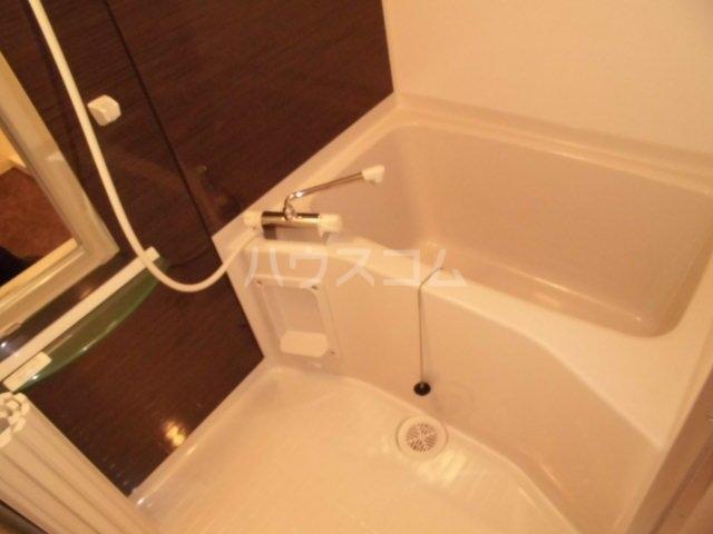 EVERGREEN 402号室の風呂