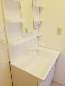 第一内藤ビル 303号室の洗面所