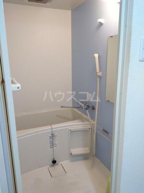 ベルエミネンス 106号室の風呂
