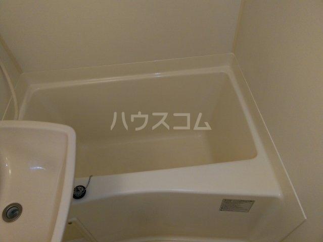 レオパレスKC 105号室の風呂