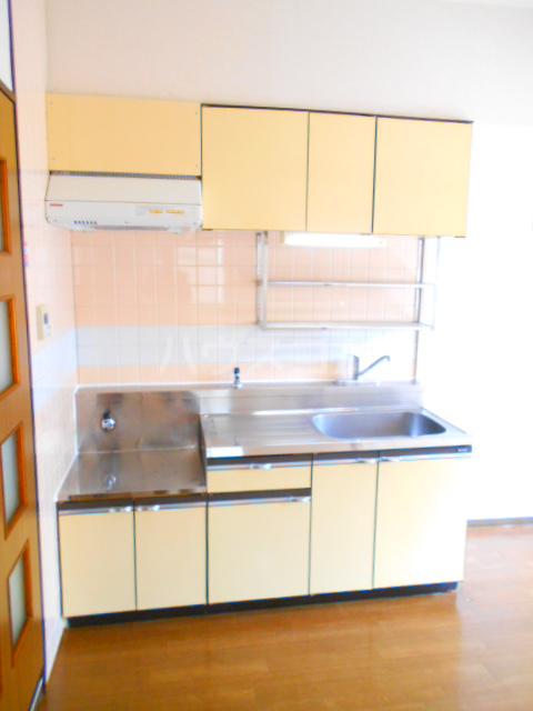 クローネ川口 205号室のキッチン