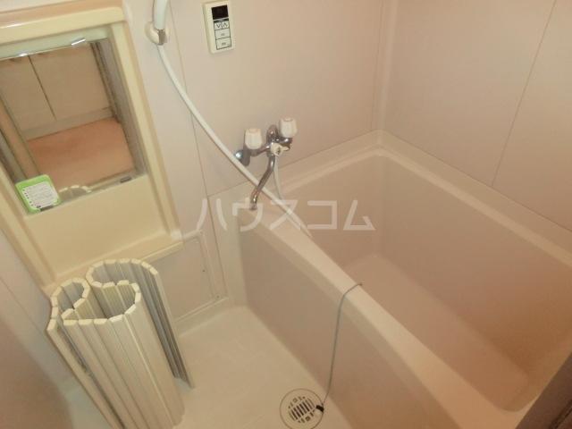 エクセレント港 306号室の風呂