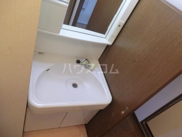 エクセレント港 306号室の洗面所