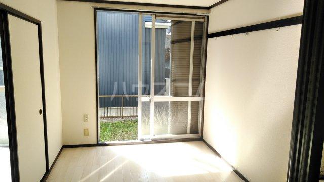 ドエル武田 105号室のリビング