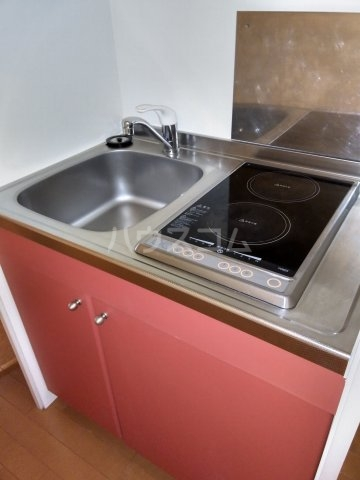レオパレスKC 103号室のキッチン