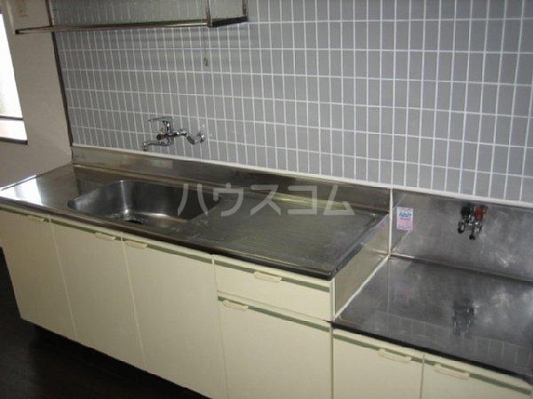 アビタシオン1棟 205号室のキッチン