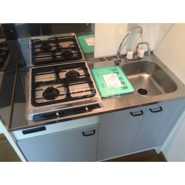 アムール 雅 105号室のキッチン