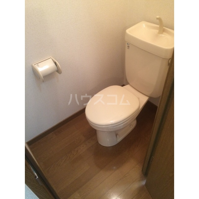 アムール 雅 105号室のトイレ