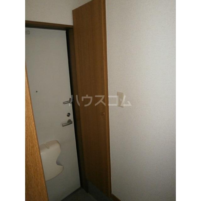 アムール 雅 106号室の玄関