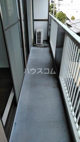 ノーリーズン湘南 202号室のバルコニー