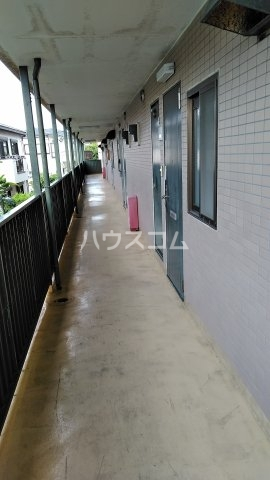 ノーリーズン湘南 202号室の駐車場