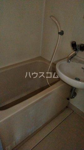 ノーリーズン湘南 202号室の風呂