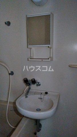ノーリーズン湘南 202号室の洗面所