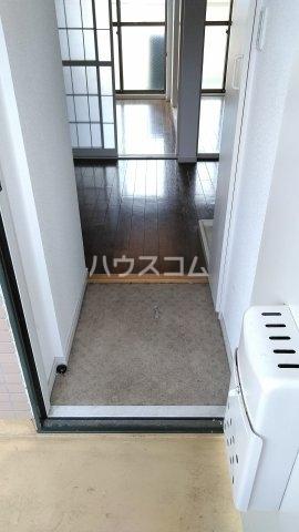 ノーリーズン湘南 202号室の玄関