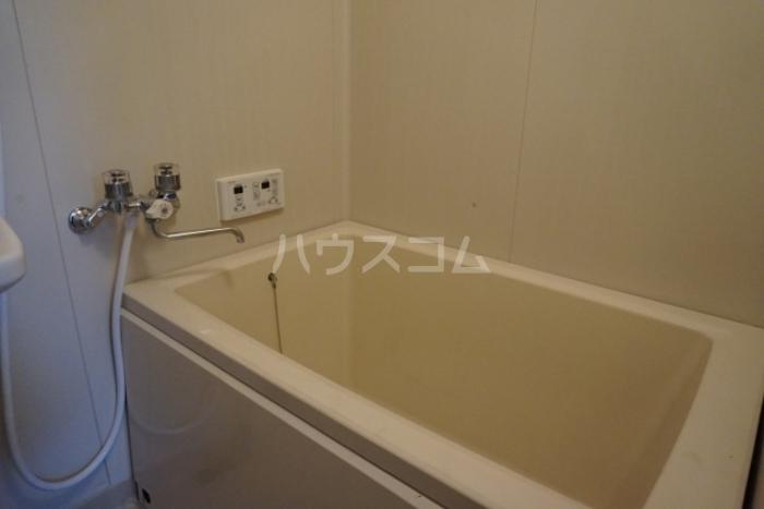 スカイハイツ 102号室のトイレ