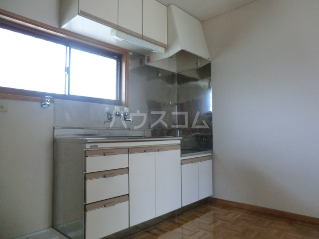 富士美ハイツ 203号室のキッチン
