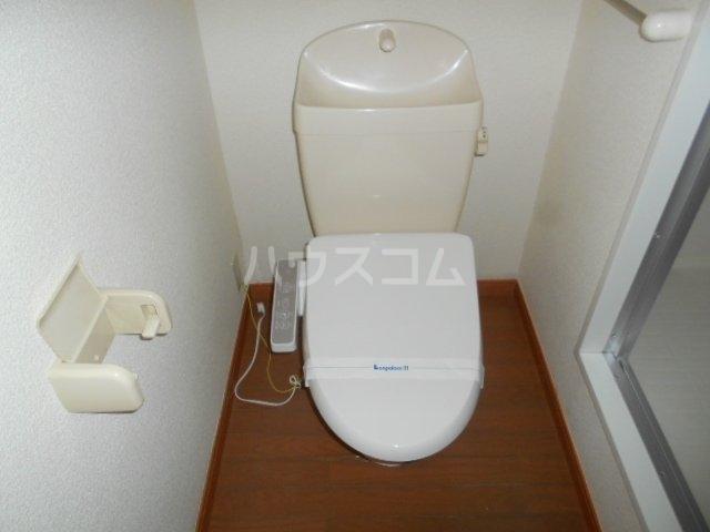 レオパレス小町A 302号室のトイレ