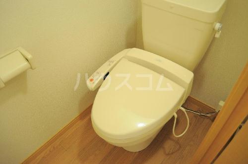 レオパレス上海 105号室のトイレ