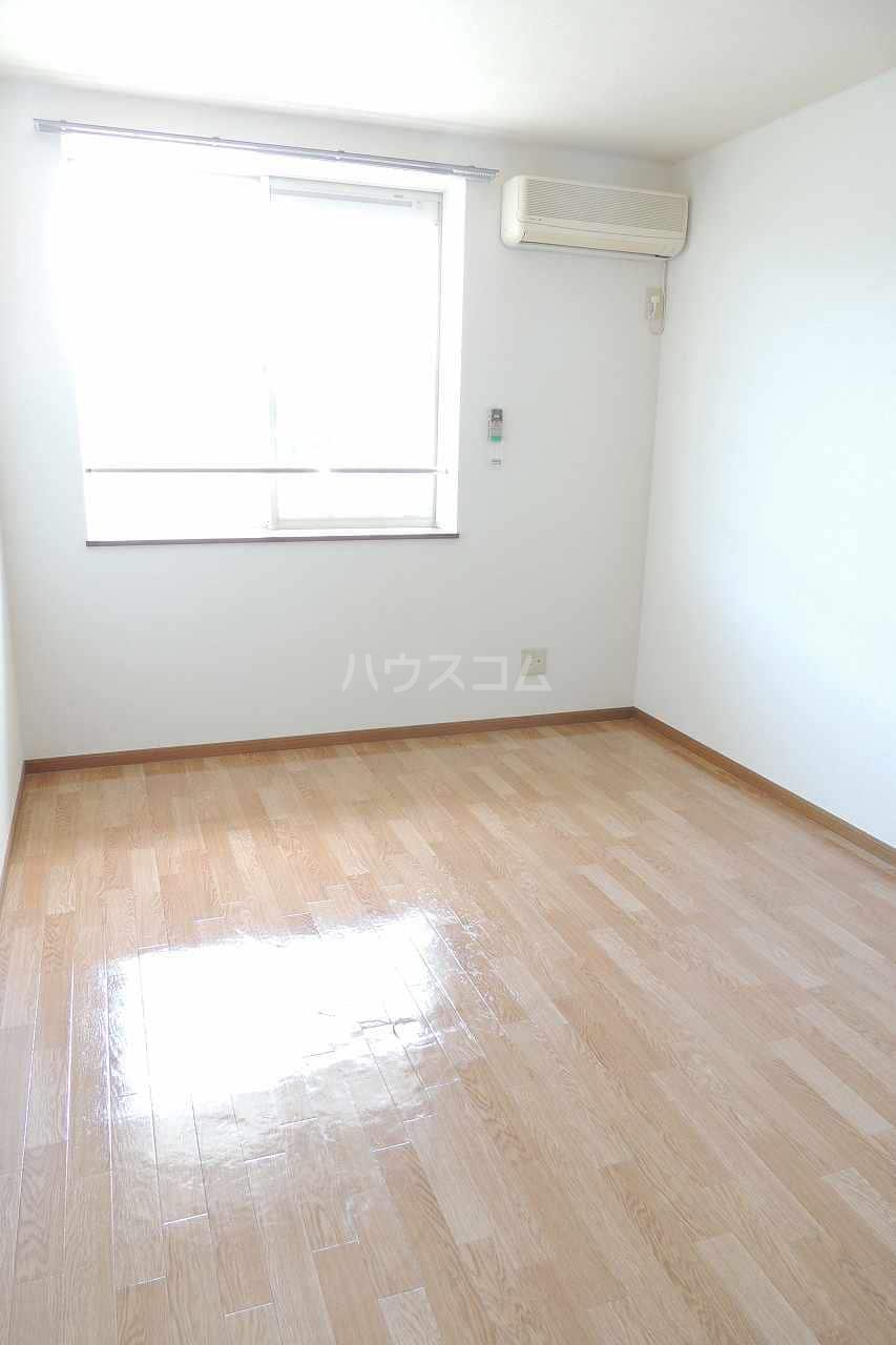 オーブリー 森 02030号室のベッドルーム