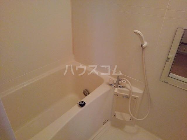 フジハイムⅢ 01020号室の風呂