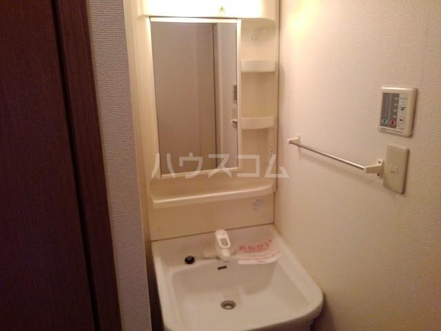 フジハイムⅢ 01020号室の洗面所
