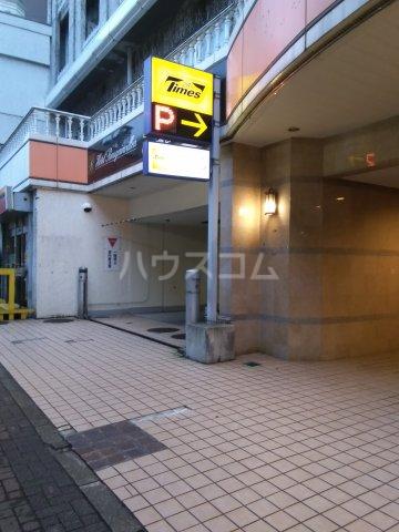 シャトレーイン東京笹塚 620号室の駐車場