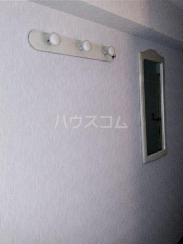 シャトレーイン東京笹塚 620号室の収納