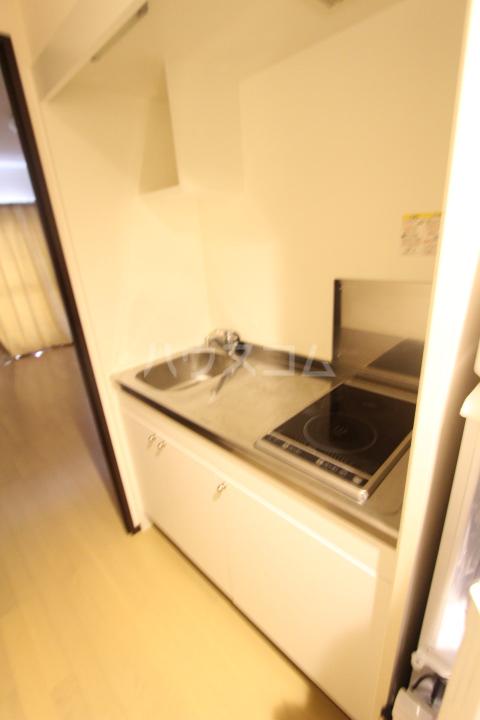 クレイノレジーナ 102号室のキッチン