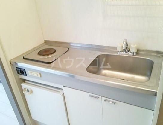レイルビル 401号室のキッチン