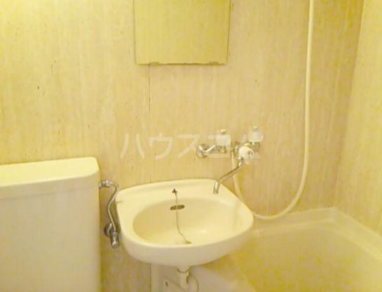 レイルビル 401号室の洗面所