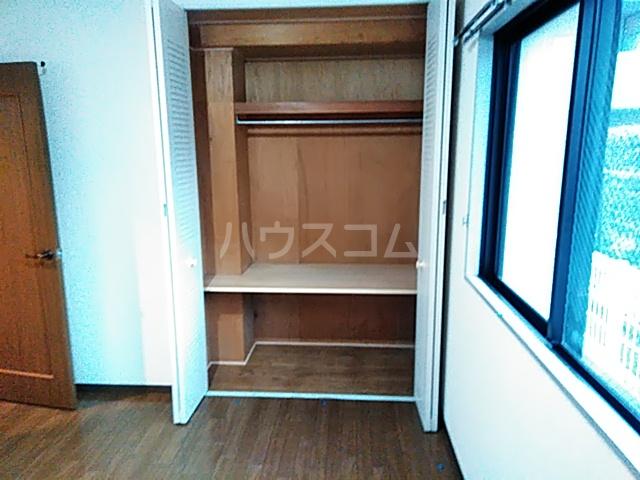 クレアージュ大倉山 107号室の収納